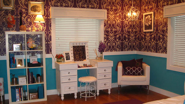 "EXTREME MAKEOVER HOME EDITION - ""Marshall Family,"" - Girl's Bedroom, on ""Extreme Makeover Home Edition,"" Sunday, November 29th, on the ABC Television Network."