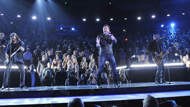 "THE 46TH ANNUAL CMA AWARDS - THEATRE - ""The 46th Annual CMA Awards"" airs live THURSDAY, NOVEMBER 1 (8:00-11:00 p.m., ET) on ABC live from the Bridgestone Arena in Nashville, Tennessee. (ABC/KATHERINE BOMBOY-THORNTON)ELI YOUNG BAND"