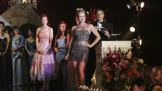 DESPERATE HOUSEWIVES - &quot;Suspicious Minds&quot; -- Looking to give her life a purpose, Gabrielle decides to organize a glamorous Halston fashion show for charity highlighting the ladies of Wisteria Lane. But Susan is less than charitable toward her friend when she discovers Gabrielle's shocking secret. Meanwhile, Lynette uses her business acumen to poach a nanny, and Bree decides to take Andrew's out-of-control behavior into her own hands, on &quot;Desperate Housewives,&quot; SUNDAY, XXXXXXXX (9:00-10:00 p.m., ET) on the ABC Television Network. (ABC/DANNY FELD)MARCIA CROSS, EVA LONGORIA, NICOLLETTE SHERIDAN, DOUG SAVANT