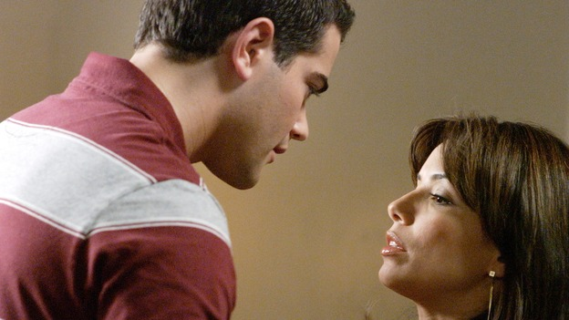 DESPERATE HOUSEWIVES - &quot;Your Fault&quot; (ABC/RON TOM)  JESSE METCALFE, EVA LONGORIA