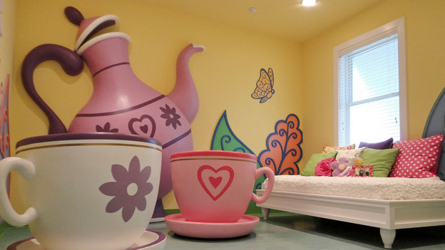 "EXTREME MAKEOVER HOME EDITION - ""Hurston Family,"" - Teacup Room Picture,          on ""Extreme Makeover Home Edition,"" Sunday, Febuary 13th       (8:00-9:00  p.m.    ET/PT) on the ABC Television Network"