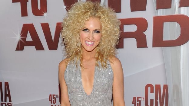 "THE 45th ANNUAL CMA AWARDS - RED CARPET ARRIVALS - ""The 45th Annual CMA Awards"" will broadcast live on ABC from the Bridgestone Arena in Nashville on WEDNESDAY, NOVEMBER 9 (8:00-11:00 p.m., ET). (ABC/JASON KEMPIN)KIMBERLY ROADS OF LITTLE BIG TOWN"
