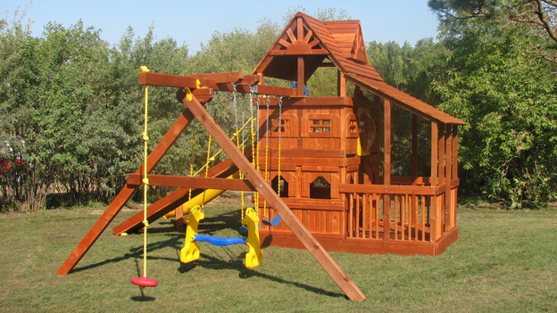 "EXTREME MAKEOVER HOME EDITION - ""Thibodeau Family,"" - Playground, on ""Extreme Makeover Home Edition,"" Sunday, November 5th on the ABC Television Network."