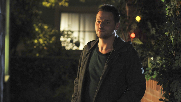 "GREY'S ANATOMY- ""Here Comes the Flood"" - Dr. Alex Karev, on ""Grey's Anatomy,"" THURSDAY, OCTOBER 9 (9:00-10:01 p.m., ET) on the ABC Television Network. (ABC/ERIC McCANDLESS) JUSTIN CHAMBERS"