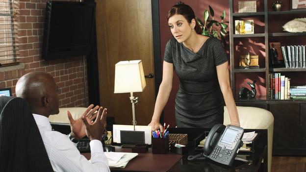 "PRIVATE PRACTICE - ""All in the Family"" - Addison and Sam's relationship is strained when they disagree over the treatment and safety of a comatose patient who has become pregnant, while Pete and Charlotte are faced with the ethical dilemma of revealing the HIV status of a patient who has been in a serious auto accident. Violet crosses some boundaries with Pete's family as she gets caught up in the fray of Lucas's first Halloween, on ""Private Practice,"" THURSDAY, OCTOBER 28 (10:01-11:00 p.m., ET) on the ABC Television Network.(ABC/RON TOM)TAYE DIGGS, KATE WALSH"