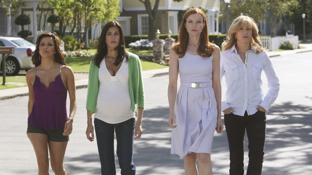 "DESPERATE HOUSEWIVES - ""Mother Said"" - Gaby, Susan and Lynette have chosen sides  between Bree and Edie, on Desperate Housewives,"" SUNDAY, MAY 11 (9:00-10:02 p.m., ET) on the ABC Television Network.  (ABC/DANNY FELD) EVA LONGORIA PARKER, TERI HATCHER, MARCIA CROSS, FELICITY HUFFMAN"