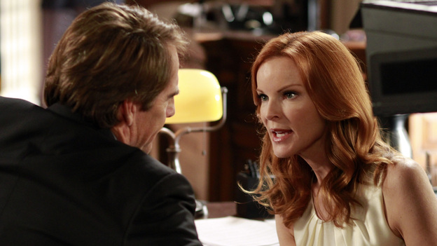 DESPERATE HOUSEWIVES - &quot;Give Me the Blame&quot; - All good things eventually come to an end, and in the two hour finale, &quot;Give Me the Blame&quot; / &quot;Finishing the Hat,&quot; Trip (Scott Bakula) begs Bree to tell him what really happened the night of Alejandro's murder as her trial begins to go south and it looks like she's about to be convicted; Gaby tries to come up with a solution that will take the burden off of Bree; Susan tries to keep the sale of her house private until she's had a chance to break the news to the ladies; Katherine Mayfair (Dana Delany) returns to Wisteria Lane and offers Lynette an intriguing job opportunity - which could end her chances of reconciling with Tom; the women all agree to take care of Mrs. McCluskey when they discover that she wants to die with dignity at home; Susan finds herself at wits end when Julie goes into labor at the most inopportune time; and Renee is shocked to discover that, as their wedding nears, Ben has been arrested and thrown in jail. &quot;Desperate Housewives&quot; ends its successful eight-season run on the ABC Television Network with a splashy two-hour finale event on SUNDAY, MAY 13 (9:00-11:00 p.m., ET). (ABC/RON TOM)SCOTT BAKULA, MARCIA CROSS