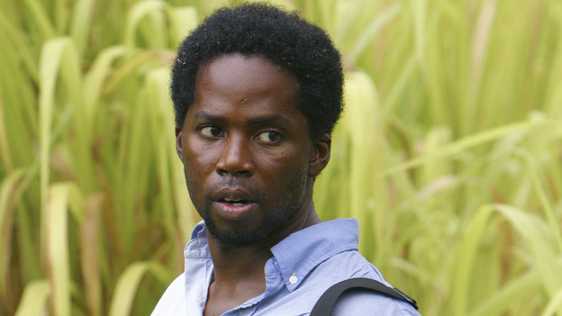 "100943_8168 -- LOST - ""WALKABOUT"" (ABC/MARIO PEREZ)HAROLD PERRINEAU"