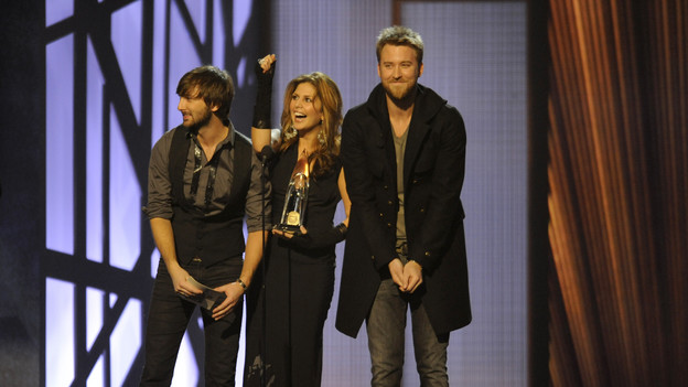 THE 43rd ANNUAL CMA AWARDS - THEATRE - &quot;The 43rd Annual CMA Awards&quot; broadcast live from the Sommet Center in Nashville, WEDNESDAY, NOVEMBER 11 (8:00-11:00 p.m., ET) on the ABC Television Network. (ABC/KATHERINE BOMBOY)LADY ANTEBELLUM