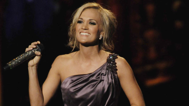 "THE 44TH ANNUAL CMA AWARDS - THEATRE - ""The 44th Annual CMA Awards"" were broadcast live from the Bridgestone Arena in Nashville, WEDNESDAY, NOVEMBER 10 (8:00-11:00 p.m., ET) on the ABC Television Network. (ABC/KATHERINE BOMBOY)CARRIE UNDERWOOD"