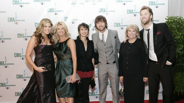 "THE 42ND ANNUAL CMA AWARDS - ARRIVALS - ""The 42nd Annual CMA Awards"" will be broadcast live from the Sommet Center in Nashville, WEDNESDAY, NOVEMBER 12 (8:00-11:00 p.m., ET) on the ABC Television Network. (ABC/ADAM LARKEY)LADY ANTEBELLUM"