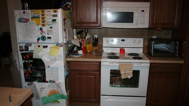 EXTREME MAKEOVER HOME EDITION - &quot;Hall Family,&quot; - Before Picture,           on &quot;Extreme Makeover Home Edition,&quot; Sunday, April 17th        (8:00-9:00  p.m.    ET/PT) on the ABC Television Network