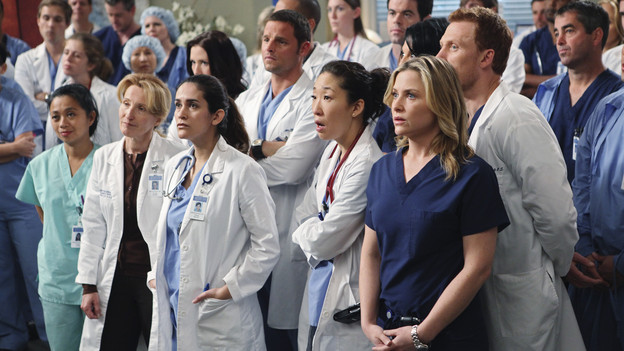 "GREY'S ANATOMY - ""State of Love and Trust"" - As Derek begins his role as interim chief, he faces a potential lawsuit when Bailey and Meredith's patient awakens from anesthesia mid-surgery. Meanwhile, Teddy refuses to place Cristina on her service, as Arizona tests Alex out in Pediatrics, and Mark refuses to speak to a heartbroken Lexie, on ""Grey's Anatomy,"" THURSDAY, FEBRUARY 4 (9:00-10:01 p.m., ET) on the ABC Television Network. (ABC/ADAM LARKEY)CHYLER LEIGH, JUSTIN CHAMBERS, SANDRA OH, ROBERT BAKER, SARA RAMIREZ (OBSCURED), JESSICA CAPSHAW, KEVIN MCKIDD"