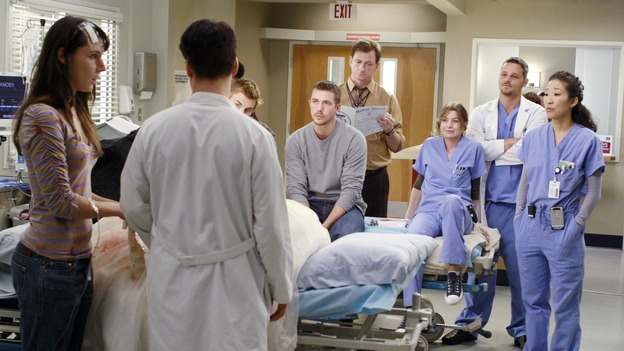 GREY'S ANATOMY - &quot;Kung Fu Fighting&quot; - With his marriage in turmoil, the Chief turns to his fellow male surgeons for a &quot;gentleman's evening,&quot; Cristina and Izzie heatedly compete for the same surgeries and the favor of the doctor performing them, Meredith treats the survivor of a skydiving accident, and the doctors treat two injured finalists who are competing in a promotional competition, on &quot;Grey's Anatomy,&quot; THURSDAY, NOVEMBER 1 (9:00-10:07 p.m., ET) on the ABC Television Network. (ABC/RON TOM)CHRYSSIE WHITEHEAD, T.R. KNIGHT, TOMMY DEWEY, STEVE SANDVOSS, JOHN BALMA, ELLEN POMPEO, JUSTIN CHAMBERS, SANDRA OH