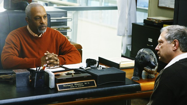 "GREY'S ANATOMY - ""No Good at Saying Sorry (One More Chance)"" - Thatcher Grey asks Chief Richard Webber's forgiveness as part of his effor to get clean, on ""Grey's Anatomy,"" THURSDAY, APRIL 30 (9:00-10:02 p.m., ET) on the ABC Television Network. (ABC/SCOTT GARFIELD) JAMES PICKENS JR., JEFF PERRY"