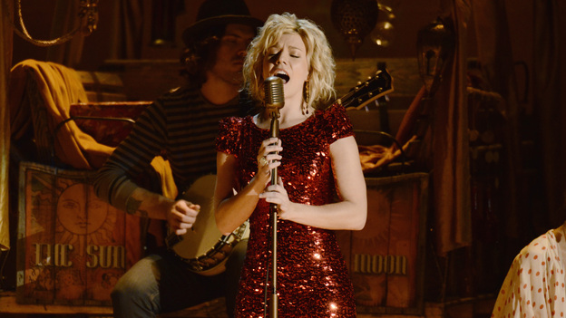 "THE 45th ANNUAL CMA AWARDS - THEATRE - ""The 45th Annual CMA Awards"" broadcast live on ABC from the Bridgestone Arena in Nashville on WEDNESDAY, NOVEMBER 9 (8:00-11:00 p.m., ET). (ABC/KATHERINE BOMBOY-THORNTON)KIMBERLY PERRY OF THE BAND PERRY"