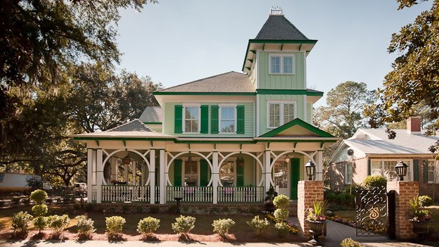 EXTREME MAKEOVER HOME EDITION - &quot;Simpson Family,&quot; - Exterior Picture,   on &quot;Extreme Makeover Home Edition,&quot; Sunday, January 16th   (8:00-9:00 p.m.   ET/PT) on the ABC Television Network.
