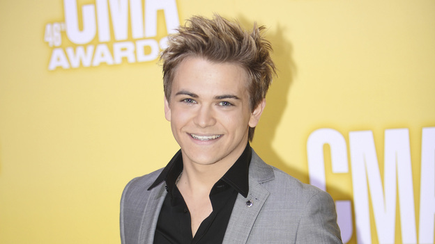 "THE 46TH ANNUAL CMA AWARDS - RED CARPET ARRIVALS - ""The 46th Annual CMA Awards"" airs live THURSDAY, NOVEMBER 1 (8:00-11:00 p.m., ET) on ABC live from the Bridgestone Arena in Nashville, Tennessee. (ABC/SARA KAUSS)HUNTER HAYES"