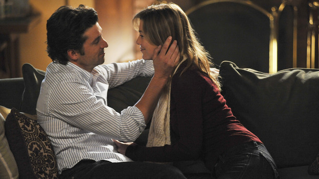 "GREY'S ANATOMY- ""Here Comes the Flood"" - Derek and Meredith get cozy after her moves in, on ""Grey's Anatomy,"" THURSDAY, OCTOBER 9 (9:00-10:01 p.m., ET) on the ABC Television Network. (ABC/ERIC McCANDLESS) PATRICK DEMPSEY, ELLEN POMPEO"