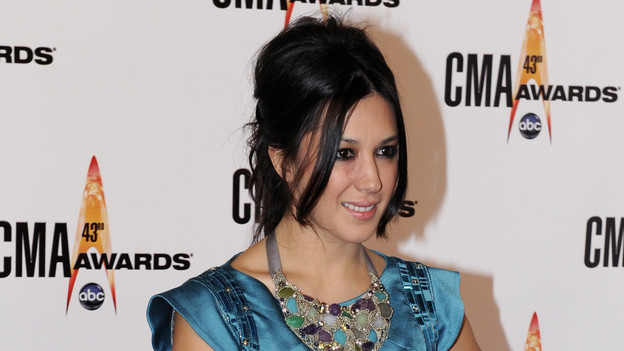 "THE 43rd ANNUAL CMA AWARDS - RED CARPET ARRIVALS - ""The 43rd Annual CMA Awards"" will be broadcast live from the Sommet Center in Nashville, WEDNESDAY, NOVEMBER 11 (8:00-11:00 p.m., ET) on the ABC Television Network. (ABC/DONNA SVENNEVIK)MICHELLE BRANCH"