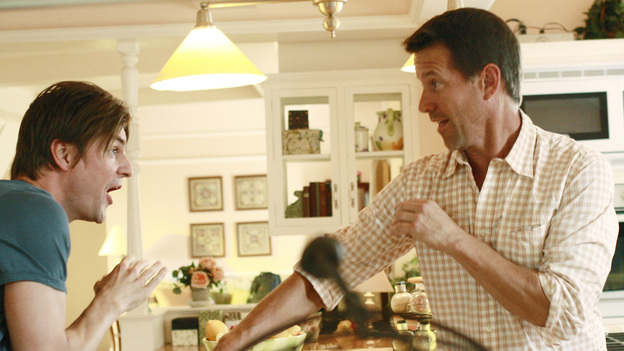 "DESPERATE HOUSEWIVES - ""Kids Ain't Like Everybody Else"" - Jackson and Mike discuss what self-defense moves to teach MJ."