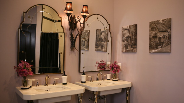 "EXTREME MAKEOVER HOME EDITION - ""Usea Family,"" -  Bathroom, on ""Extreme Makeover Home Edition,"" Sunday, May 18th on the ABC Television Network."