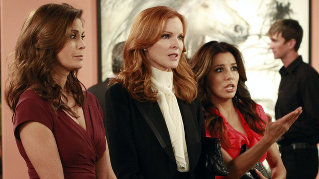 "DESPERATE HOUSEWIVES - ""Suspicion Song"" - Detective Chuck Vance begins harassing Bree as his suspicions about her involvement in the disappearance of Alejandro grow; after using the murder of Gaby's stepfather as inspiration for her art school projects, Susan must find a way to graciously decline art school teacher Andre's (Miguel Ferrer) invitation to display and sell her paintings at a gallery showing; when Carlos's drinking gets in the way of his ability to work, Gaby goes to the office in an effort to save his business from losing a multi-million dollar account; and on the occasion of their 22-year anniversary, Lynette comes up with a plan to try to salvage her marriage to Tom, on ""Desperate Housewives,"" SUNDAY, NOVEMBER 13 (9:00-10:01 p.m., ET) on the ABC Television Network. (ABC/RON TOM)TERI HATCHER, MARCIA CROSS, EVA LONGORIA"