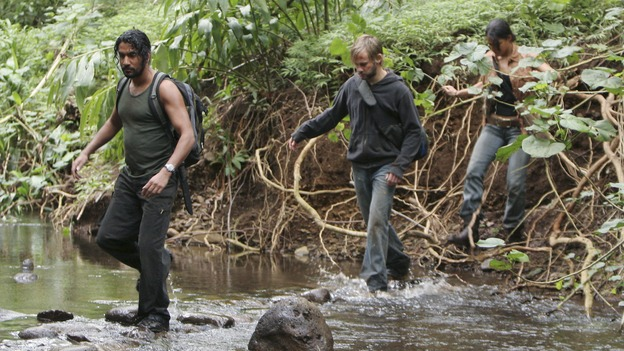 LOST - &quot;The Whole Truth&quot; (ABC/ADAM LARKEY)NAVEEN ANDREWS, DOMINIC MONAGHAN, MICHELLE RODRIGUEZ