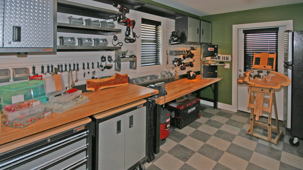 EXTREME MAKEOVER HOME EDITION - &quot;Carr Family,&quot; - Dad's Workshop, on &quot;Extreme Makeover Home Edition,&quot; Sunday, May 2nd (8:00-9:00 p.m. ET/PT) on the ABC Television Network.