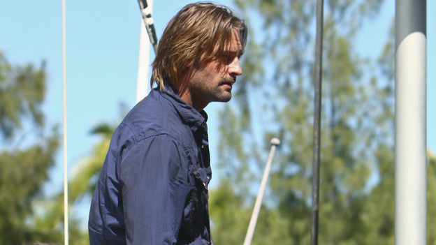 "LOST - ""The Last Recruit"" - Alliances are forged and broken as the Locke and Jack camps merge, on ""Lost,"" TUESDAY, APRIL 20 (9:00-10:02 p.m., ET) on the ABC Television Network. (ABC/MARIO PEREZ) JEFF FAHEY, JOSH HOLLOWAY"