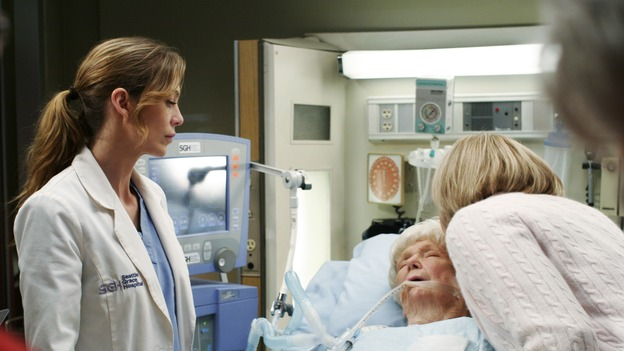 GREY'S ANATOMY - &quot;Break On Through&quot; (ABC/RON TOM)ELLEN POMPEO, DONA HARDY, PAMELA ROYLANCE