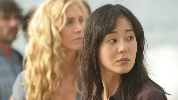 "LOST - ""There's No Place Like Home,"" Part 1 - The face-off between the survivors and the freighter people begins, on ""Lost,"" THURSDAY, MAY 15 (10:02-11:00 p.m., ET) on the ABC Television Network.  (ABC/MARIO PEREZ)ELIZABETH MITCHELL, YUNJIN KIM"