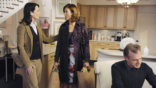 "PRIVATE PRACTICE - ""Blowups"" - Two back-to-back episodes of ""Private Practice"" air on THURSDAY, DECEMBER 3. In the second episode, ""Blowups"" (10:00-11:00 p.m.), a terrible explosion at Dell's house lands Betsey and Heather in the hospital, and everyone is pushed to the limit trying to save their lives. Tensions rise even higher between Addison and The Captain when her mother, Bizzy, shows up and a shocking family secret is revealed. (ABC/ERIC MCCANDLESS)ANN CUSACK, KATE WALSH, STEPHEN COLLINS"