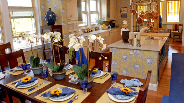 EXTREME MAKEOVER HOME EDITION - &quot;Sears Family,&quot; - Dining Room, on &quot;Extreme Makeover Home Edition,&quot; Sunday, January 23rd on the ABC Television Network.