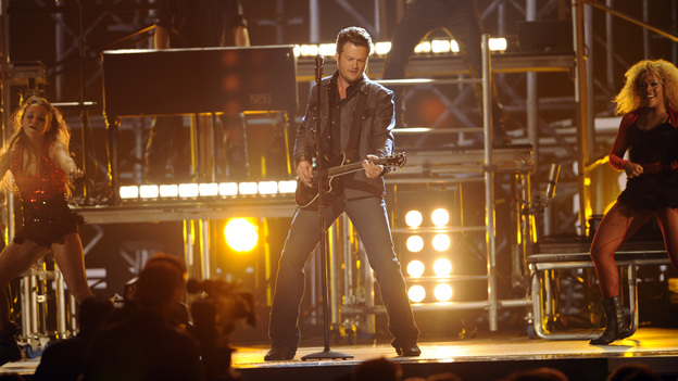 "THE 45th ANNUAL CMA AWARDS - THEATRE - ""The 45th Annual CMA Awards"" broadcast live on ABC from the Bridgestone Arena in Nashville on WEDNESDAY, NOVEMBER 9 (8:00-11:00 p.m., ET). (ABC/KATHERINE BOMBOY-THORNTON)BLAKE SHELTON"