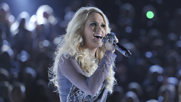 "THE 46TH ANNUAL CMA AWARDS - THEATRE - ""The 46th Annual CMA Awards"" airs live THURSDAY, NOVEMBER 1 (8:00-11:00 p.m., ET) on ABC live from the Bridgestone Arena in Nashville, Tennessee. (ABC/KATHERINE BOMBOY-THORNTON)CARRIE UNDERWOOD"