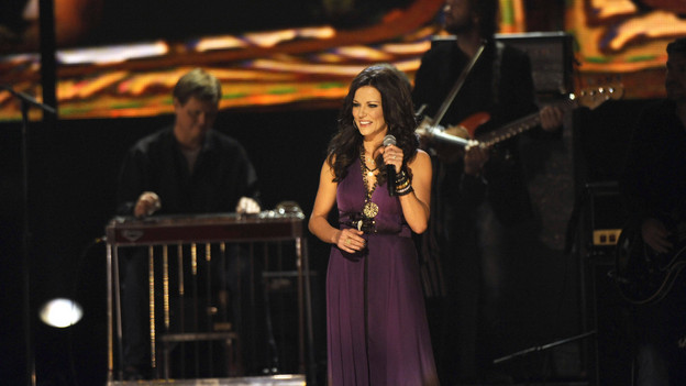 "THE 43rd ANNUAL CMA AWARDS - THEATRE - ""The 43rd Annual CMA Awards"" broadcast live from the Sommet Center in Nashville, WEDNESDAY, NOVEMBER 11 (8:00-11:00 p.m., ET) on the ABC Television Network. (ABC/KATHERINE BOMBOY)MARTINA MCBRIDE"
