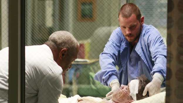 GREY'S ANATOMY - &quot;Where the Wild Things Are&quot; - Six weeks after Derek and Meredith ended their relationship and Derek began dating Rose, Meredith and her fellow residents, Alex, Izzie and Cristina, compete in a surgical contest, with Bailey serving as judge. Meanwhile interns George and Lexie adjust to their new, squalid apartment, and Callie finds a friend in her roommate Cristina's nemesis, Erica Hahn, on &quot;Grey's Anatomy,&quot; THURSDAY, APRIL 24 (9:00-10:01 p.m., ET) on the ABC Television Network. (ABC/RON TOM)JAMES PICKENS JR., STEVEN FLYNN, JUSTIN CHAMBERS