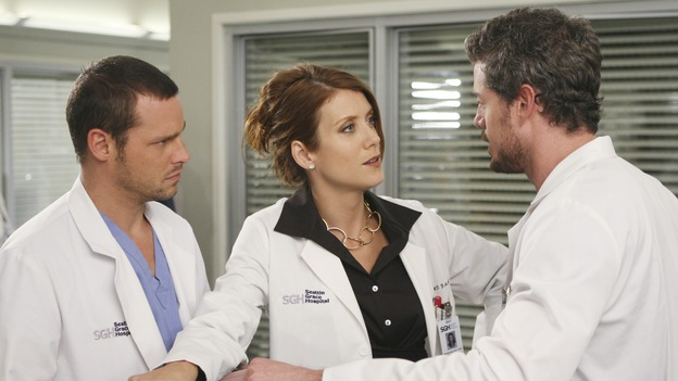 "GREY'S ANATOMY - ""Six Days"" - After a successful operation on his heart, George's father undergoes surgery for his cancer, Thatcher Grey visits Seattle Grace in order to see his new granddaughter, and Meredith discovers that Derek has trouble sleeping soundly, on ""Grey's Anatomy,"" THURSDAY, JANUARY 4 (9:00-10:01 p.m., ET) on the ABC Television Network. (ABC/MICHAEL DESMOND)JUSTIN CHAMBERS, KATE WALSH, ERIC DANE"