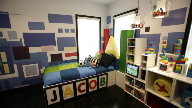 "EXTREME MAKEOVER HOME EDITION - ""Terpenning Family,"" - Boy's Bedroom, on ""Extreme Makeover Home Edition,"" Sunday, November 8th, on the ABC Television Network."