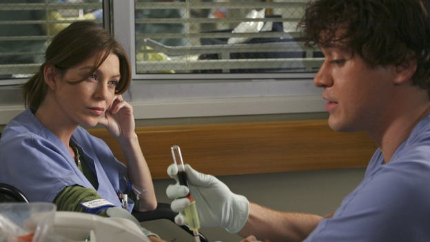 "GREY'S ANATOMY - ""INTO YOU LIKE A TRAIN"" (ABC/MICHAEL DESMOND)ELLEN POMPEO, T.R. KNIGHT"
