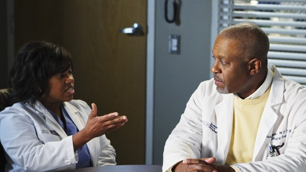 "GREY'S ANATOMY - ""I Will Follow You into the Dark"" - Bailey and the Chief argue over her future, on ""Grey's Anatomy,"" THURSDAY, MARCH 12 (9:00-10:02 p.m., ET) on the ABC Television Network. (ABC/CRAIG SJODIN) CHANDRA WILSON, JAMES PICKENS JR."