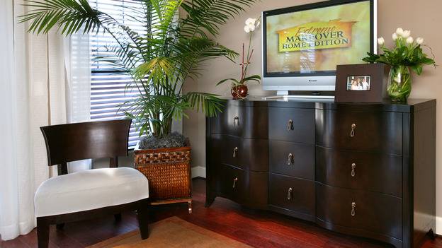 "EXTREME MAKEOVER HOME EDITION - ""Tate Family,"" -  Master Bedroom Detail, on ""Extreme Makeover Home Edition,"" Sunday, March 4th on the ABC Television Network."
