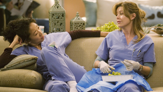 "GREY'S ANATOMY - ""Brave New World"" - Meredith practices procedures while Cristina relaxes in Dermatology, on ""Grey's Anatomy,"" THURSDAY, OCTOBER 16 (9:00-10:01 p.m., ET) on the ABC Television Network. (ABC/RANDY HOLMES) SANDRA OH, ELLEN POMPEO"
