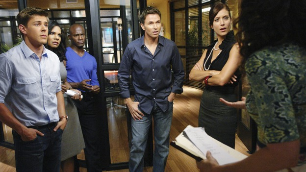 "PRIVATE PRACTICE - ""Tempting Faith"" - Addison receives a surprise visit from her brother and fellow surgeon, Archer, and his presence not only causes trouble for her, but for Naomi and Sam as well. Meanwhile Meg returns to try to make it work with Pete, and a patient accused of a malicious crime stirs up anger and emotions, for both Violet and Dell, on ""Private Practice,"" WEDNESDAY, NOVEMBER 26 (9:00-10:01 p.m., ET) on the ABC Television Network. (ABC/RICHARD CARTWRIGHT)CHRIS LOWELL, AUDRA MCDONALD, TAYE DIGGS, TIM DALY, KATE WALSH"