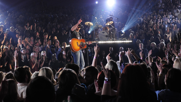 "THE 45th ANNUAL CMA AWARDS - THEATRE - ""The 45th Annual CMA Awards"" broadcast live on ABC from the Bridgestone Arena in Nashville on WEDNESDAY, NOVEMBER 9 (8:00-11:00 p.m., ET). (ABC/KATHERINE BOMBOY-THORNTON)ERIC CHURCH"