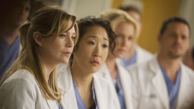 "GREY'S ANATOMY - ""Brave New World"" - Meredith and Cristina listen to Bailey, on ""Grey's Anatomy,"" THURSDAY, OCTOBER 16 (9:00-10:01 p.m., ET) on the ABC Television Network. (ABC/RANDY HOLMES) ELLEN POMPEO, SANDRA OH, KATHERINE HEIGL, JUSTIN CHAMBERS"
