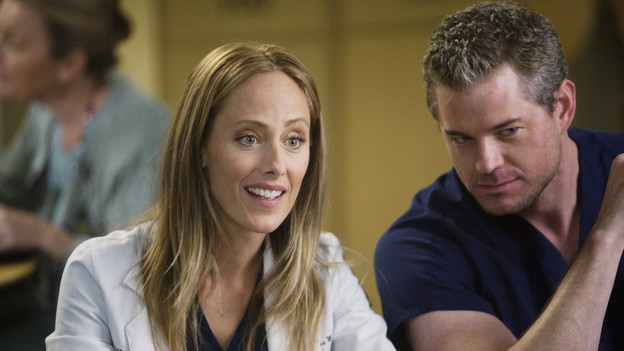 "GREY'S ANATOMY - ""New History""- When Owen recruits his fellow Iraqi War vet, Dr. Teddy Altman, as the new cardiothoracic surgeon, Cristina questions Teddy's abilities in the OR and the nature of their past relationship. Meanwhile Izzie returns to Seattle Grace with her high school mentor seeking treatment for his dementia, and the stress of Richard's responsibilities, post-merger, are taking their toll, on ""Grey's Anatomy,"" THURSDAY, NOVEMBER 12 (9:00-10:01 p.m., ET) on the ABC Television Network. (ABC/RANDY HOLMES)KIM RAVER, ERIC DANE"