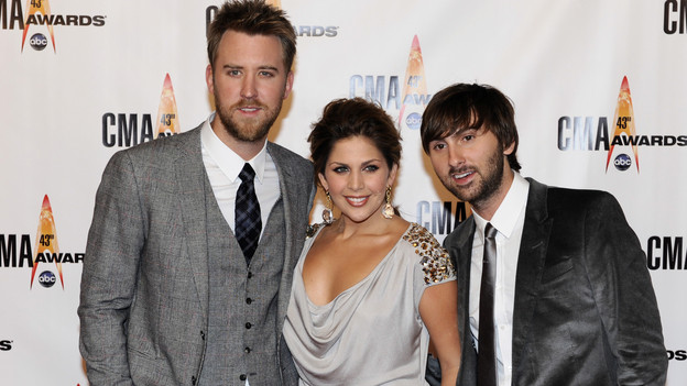 "THE 43rd ANNUAL CMA AWARDS - RED CARPET ARRIVALS - ""The 43rd Annual CMA Awards"" will be broadcast live from the Sommet Center in Nashville, WEDNESDAY, NOVEMBER 11 (8:00-11:00 p.m., ET) on the ABC Television Network. (ABC/DONNA SVENNEVIK)LADY ANTEBELLUM"