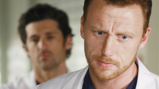 "GREY'S ANATOMY - ""These Ties That Bind"" - Owen and Derek check in on a patient, on ""Grey's Anatomy,"" THURSDAY, NOVEMBER 13 (9:00-10:01 p.m., ET) on the ABC Television Network. (ABC/RON TOM) PATRICK DEMPSEY, KEVIN MCKIDD"